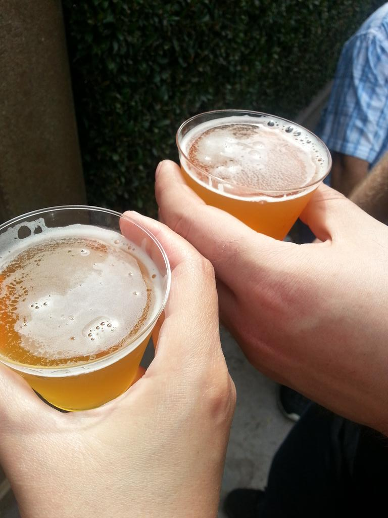 Shout out to @LAWeeklyStreet for the @santaanitapark Beer Fest tix! Having a blast! #booze http://t.co/1fq5Y7yfzF