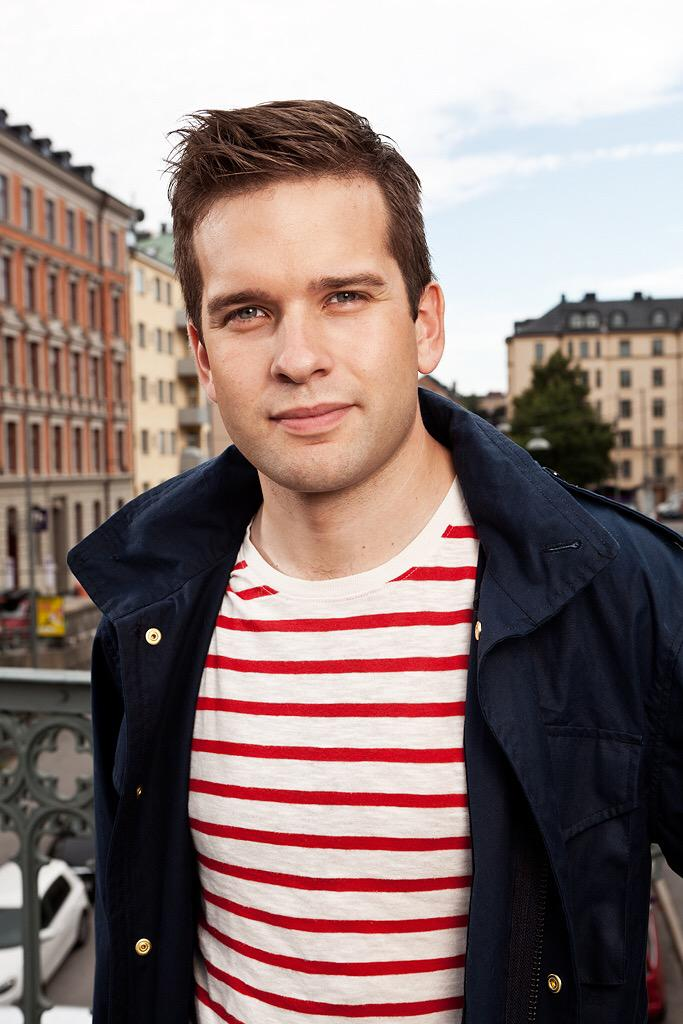 And I think I know who should host #Eurovision 2016. Sweden's health minister; @gabrielwikstrom