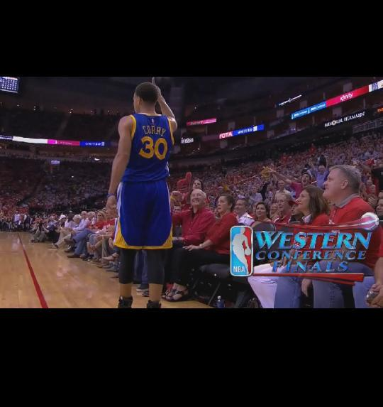 When you are so good that even the opposing fans have to show love http://t.co/XxfvziFsCx