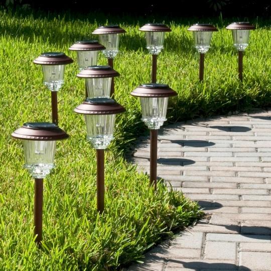 светильники в сад на солнечных батареях академия иностранных языков