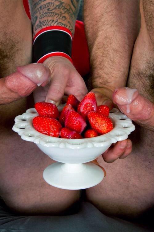 Watch Strawberry Delight Bj