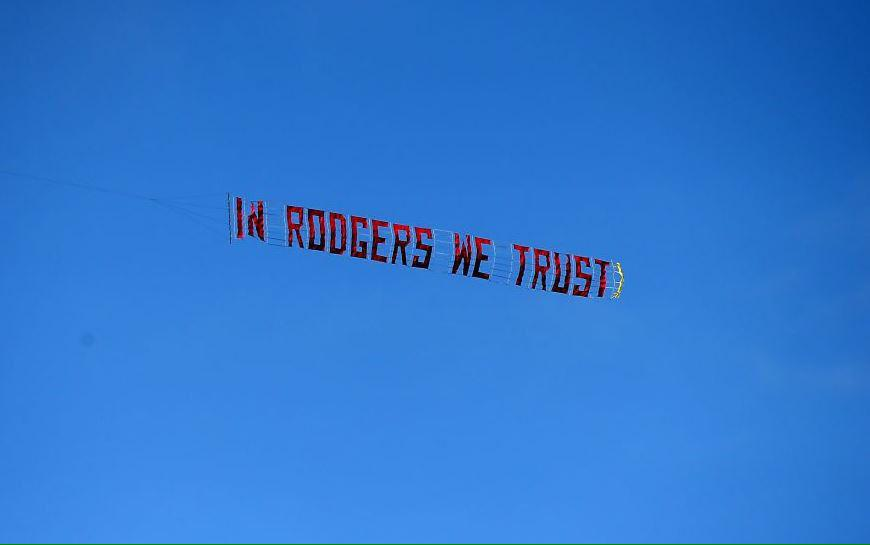 Wonder if the person that paid for this last week wants a refund!!!? #LFC http://t.co/Tie9uypKbK