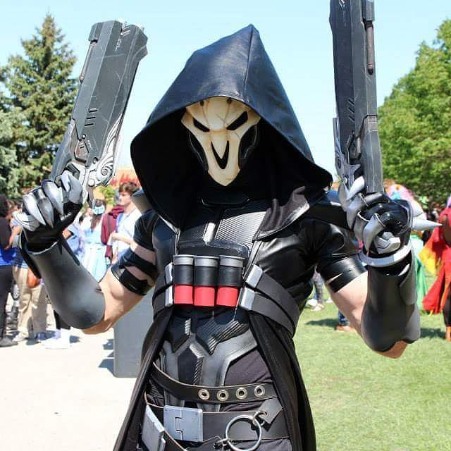 overwatchgg on twitter amazing reaper cosplay by henchmenprops