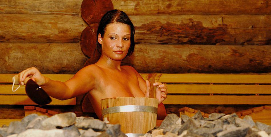 Зрелые женщины бразилии в бане общем