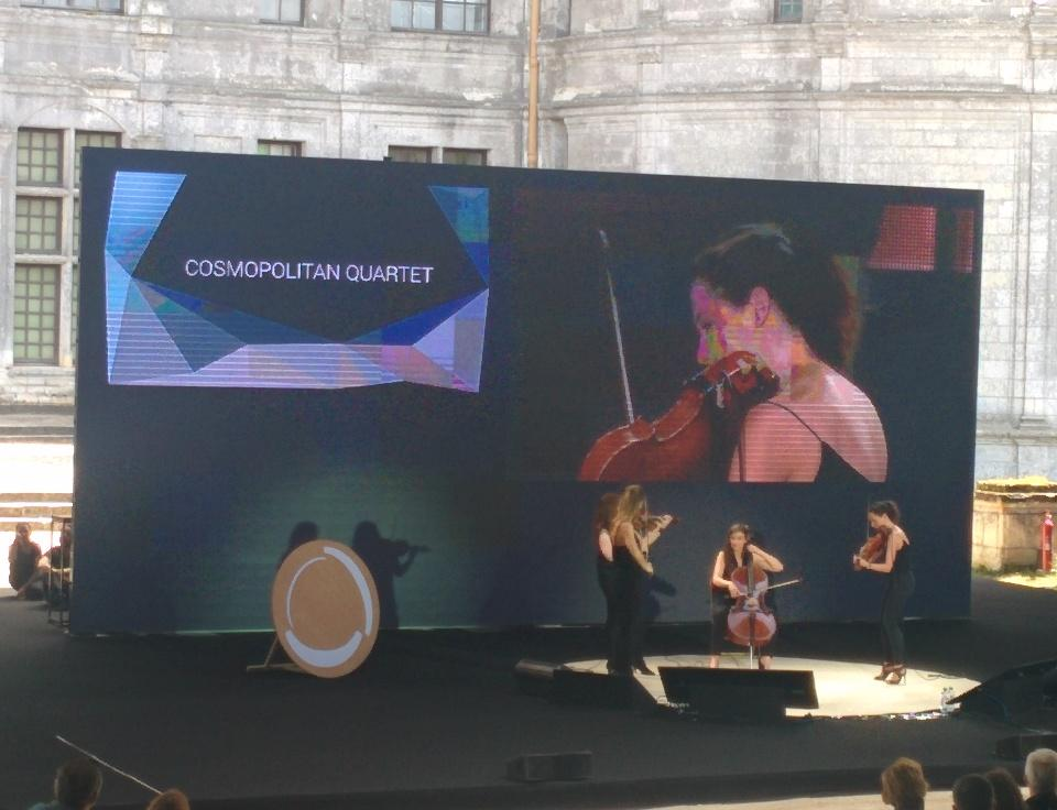 Gorgeous intro #echappee15 by #cosmopolitanquartet http://t.co/pNKCVybcHx