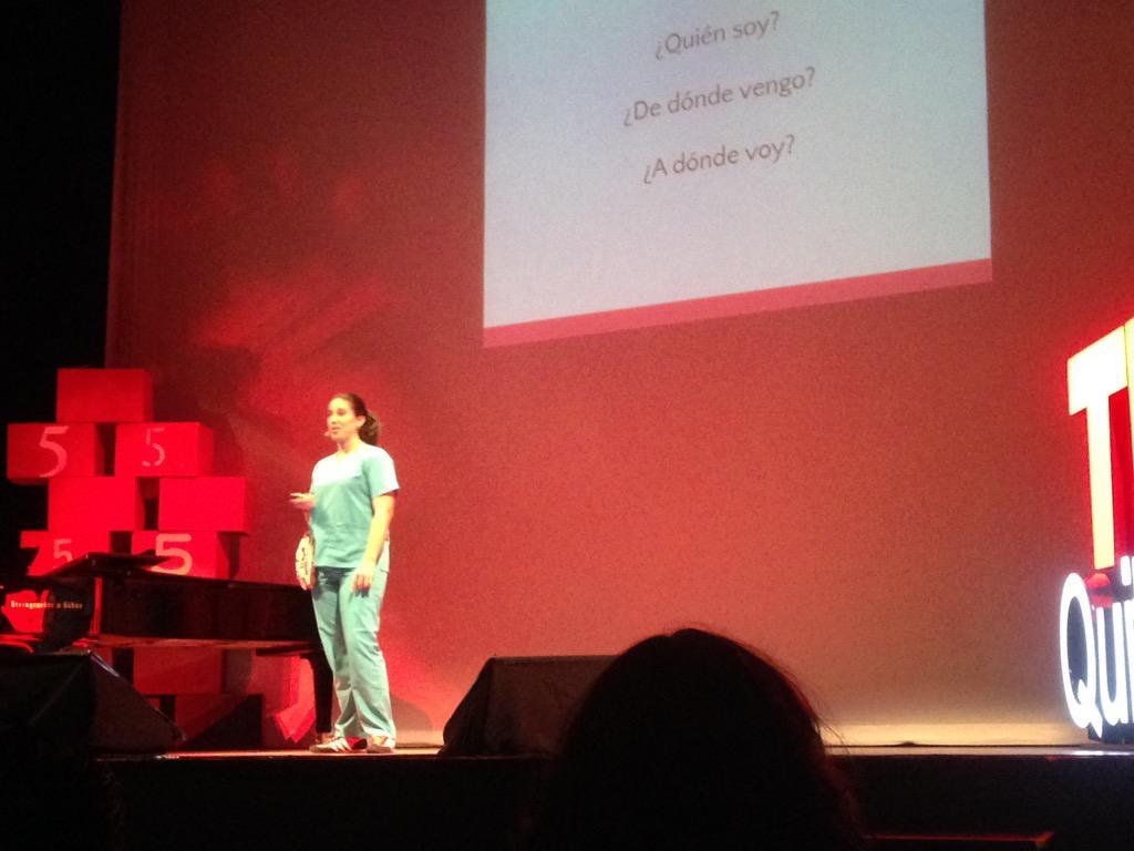 Ahora con Denisse Calle #PasadoPresenteFuturo @TEDxQuito @CocaColaEC http://t.co/HnQF7U6VoQ
