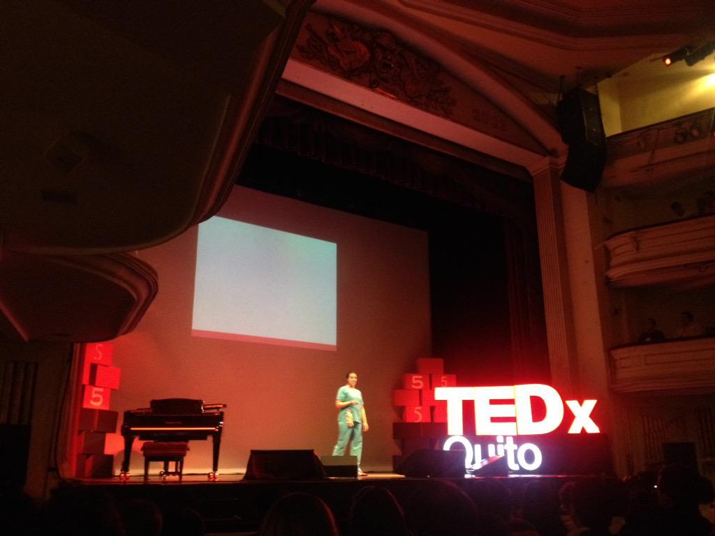 #PasadoPresenteFuturo ahora @niches13 en el escenario del @TEDxQuito 📍 http://t.co/YbCF5iuBPT