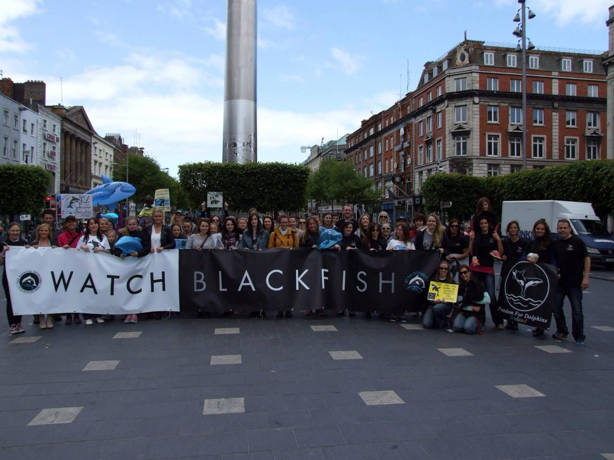 #EmptyTheTanks: Protest In Dublin,,, http://t.co/zzOnimGChL