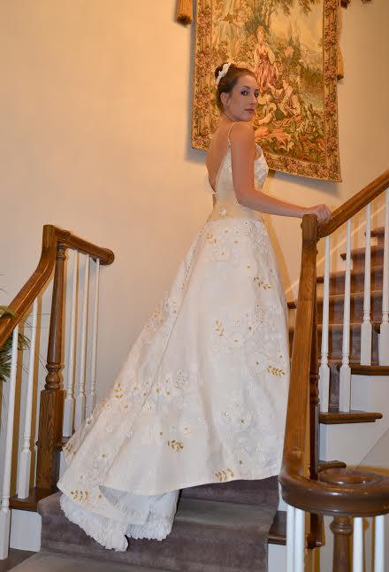 Beautiful #TPDress by finalist Katrina Chalifoux! Vote:http://t.co/umpVeGmq8K @Charmin @MikieRusso @KleinfeldBridal http://t.co/POW5uaJEhq