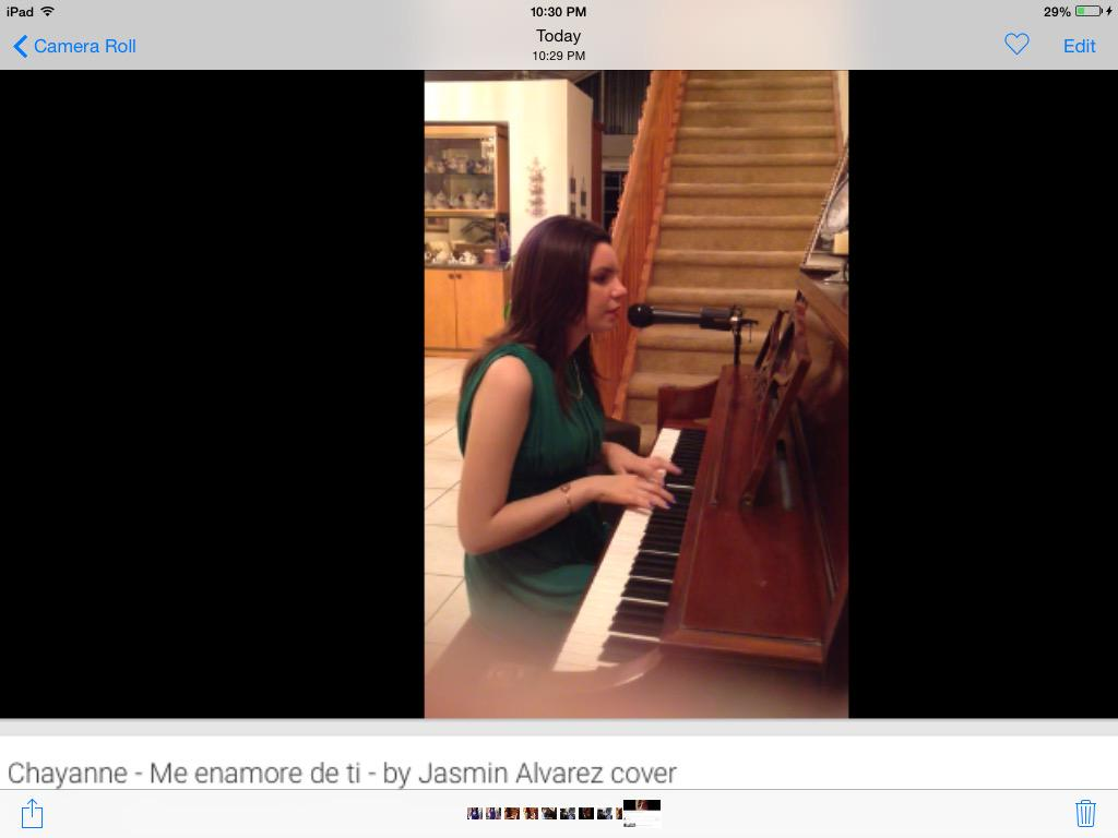 "My new cover of ""Me Enamore De Ti"", by Chayanne. Hope you like it.  http://t.co/uvazKdNFh5 http://t.co/1G0q1UXSvI"