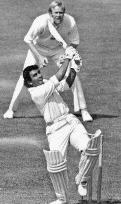 On this day 40 years ago Sunil Gavaskar scored 36* in 60 overs. Yuvraj, Sobers, Gibbs & Shastri did that in 6 balls. http://t.co/lfEqRLItsu
