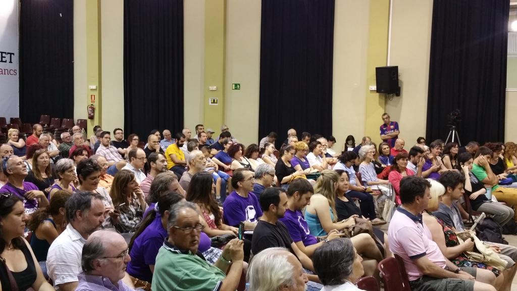 Acto presentación candidatura de Albano Dante de Podem|Teatro de Centre Civic Casinet d'Hostafrancs