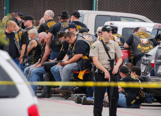 "Same state. ""@TUSK81 How cops treat bikers who murdered a bunch of ppl.   How cops treat Black teens at a pool party http://t.co/IDPdwDvR8L"""