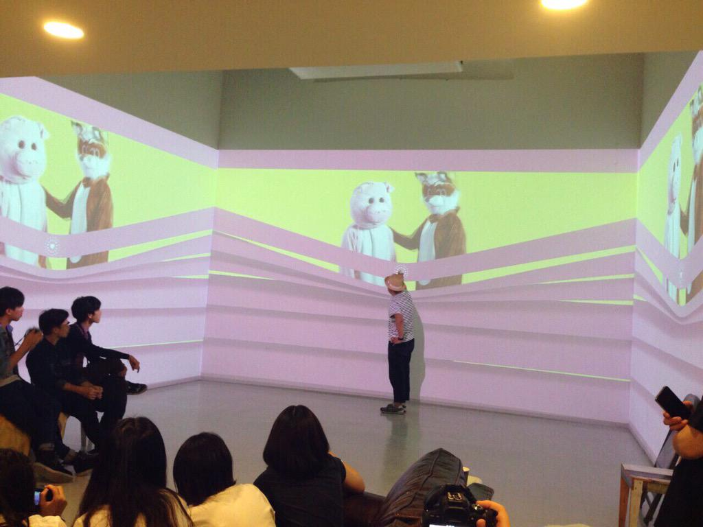 "Tokyo studio: @naokit experiencing Namie Amuro's ""Golden Touch"" MV by @prty_ny & Logan w/ visitors from Hong Kong☝"