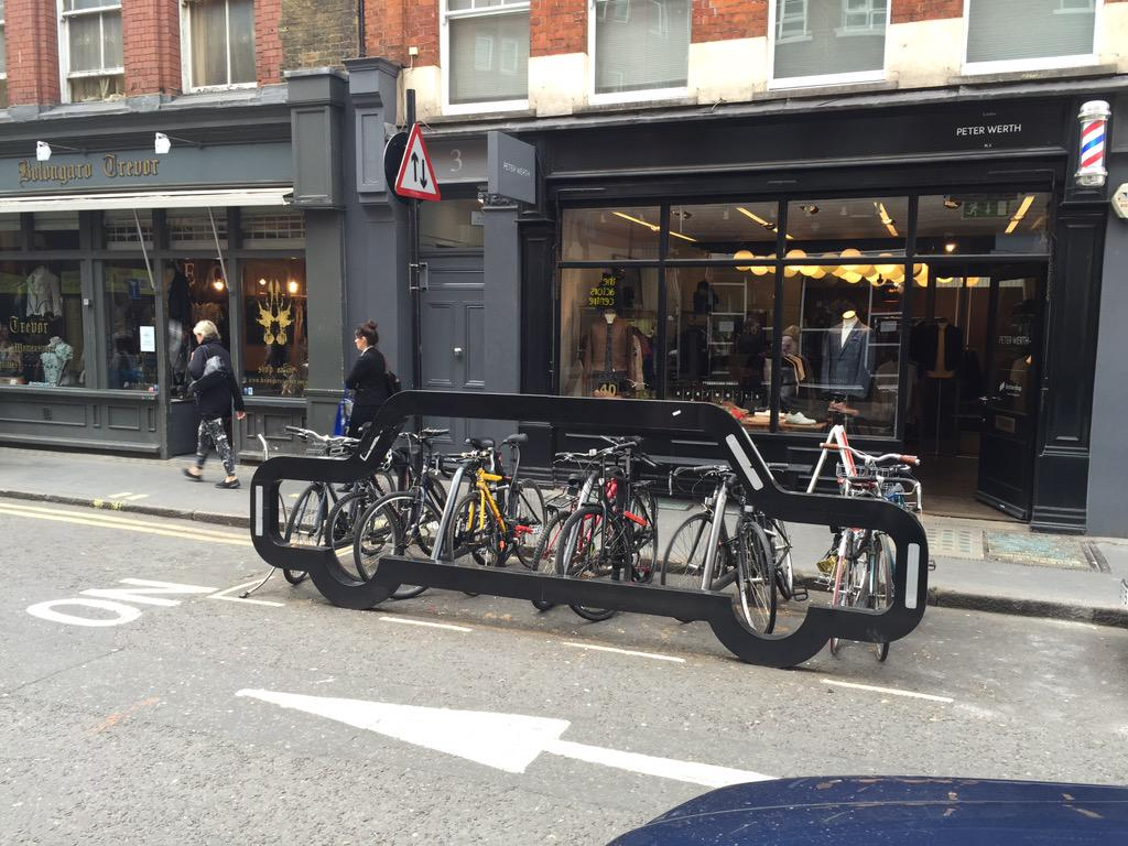10 Bikes Take Up the Same Space as 1 Car in London