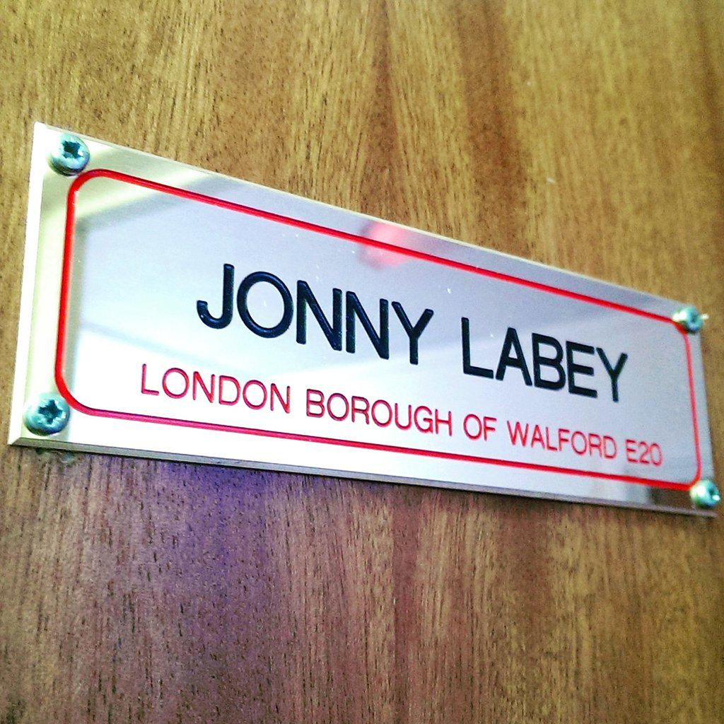 New Address! #PaulCoker #plaque #dressingroom #Walford #EastEnders http://t.co/eFi3J50ZRW