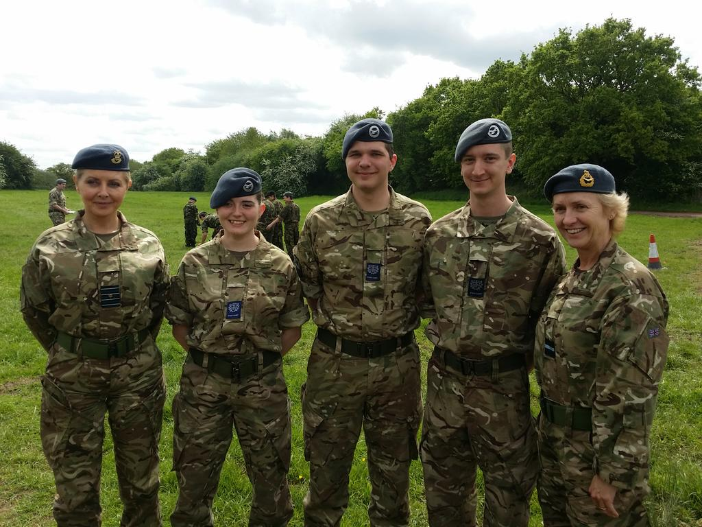 Congratulations to three of our newly promoted @aircadets. Thank you for a gorgeous day @ComdtAC http://t.co/bv8WnlLXsw