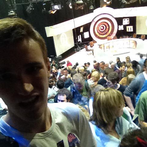 RT @MattAlbright95: Great time watching Qi with @sueperkins @mrchrisaddison @sarajcox @alandavies1 and of course @stephenfry! http://t.co/S…