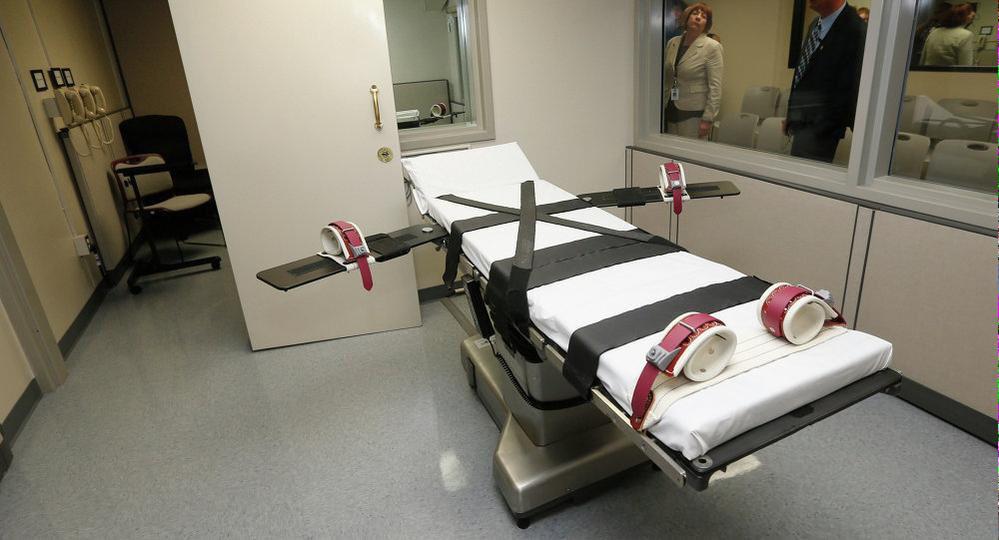 Mentre in Italia la popolazione parla di pena di morte per alcuni reati, in Nebraska viene abolita