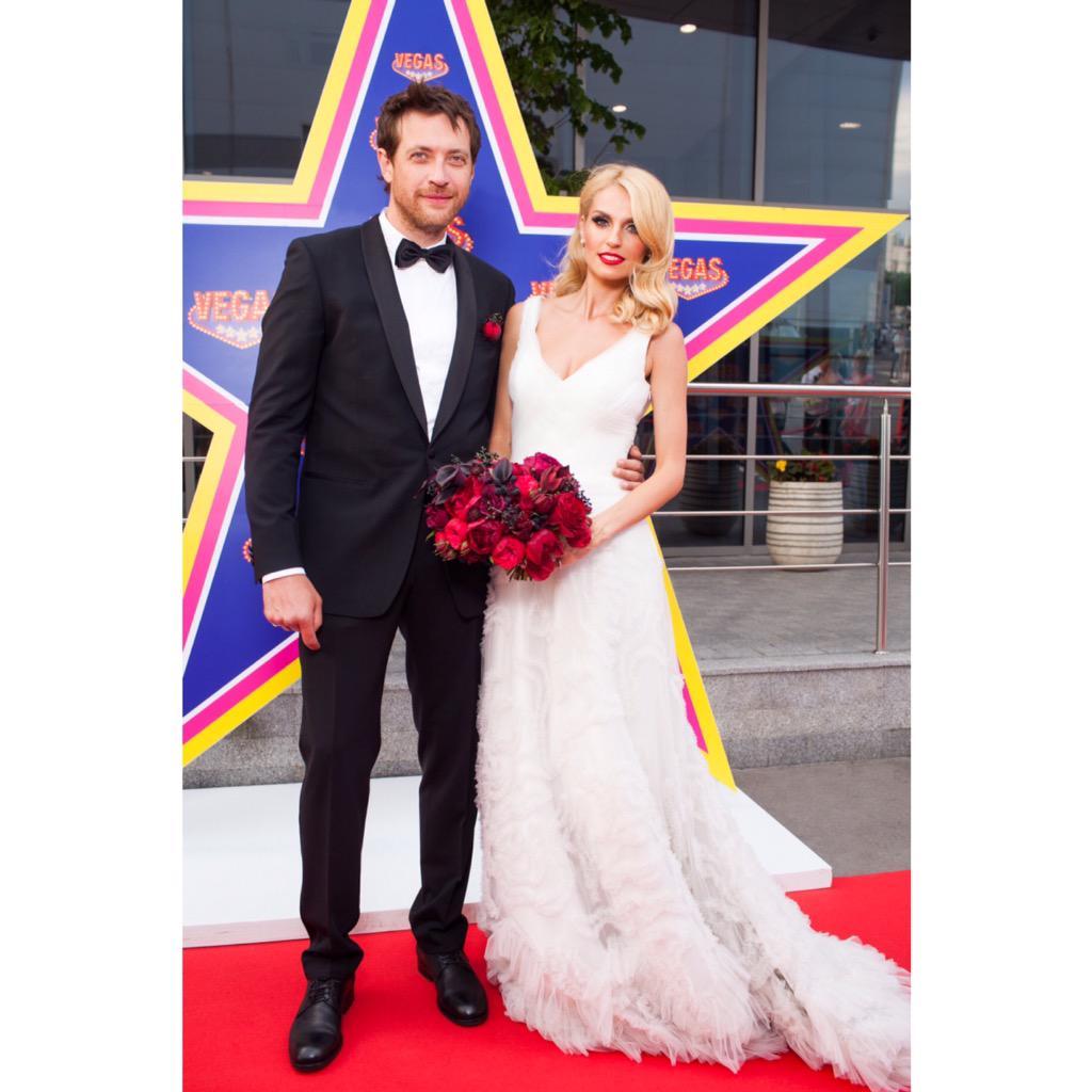 этого муж саши савельевой фото со свадьбы побольше