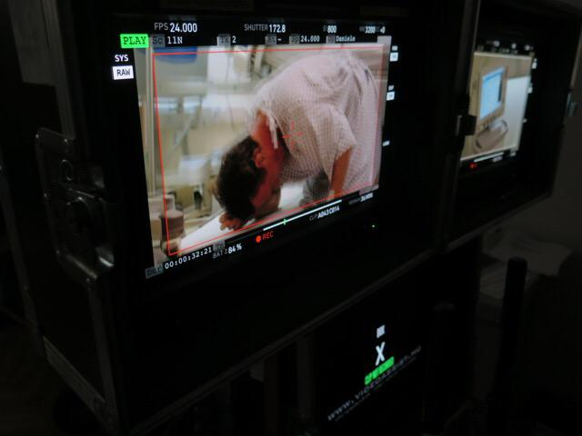Director's monitor pic 3 @tomhanks as #RobertLangdon in pain. #InfernoMovie http://t.co/NyAGmTUzTW