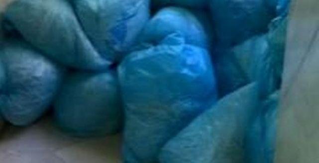 ÚLTIMA HORA: Bolsas llenas de documentos triturados por la noche dentro del Ayto. de Madrid http://t.co/7jp2mHObeY http://t.co/pHgpqTTneO