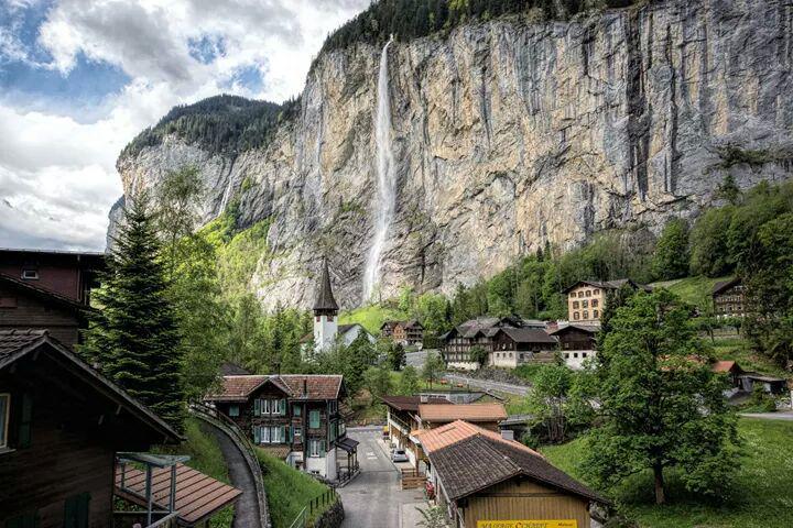 Estos son los pueblos de montaña más encantadores de Europa: http://t.co/NAMNdNFLVm ¿Alguna duda? ;) http://t.co/ffVeWqbIpo