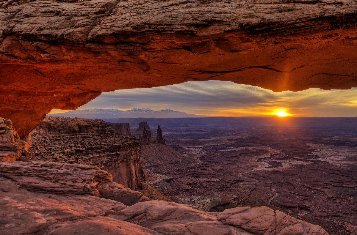 15 paisajes inmensos que te harán sentir diminuto: http://t.co/YceZRnGI2h ¡Espectaculares! http://t.co/kSTW51wOdB