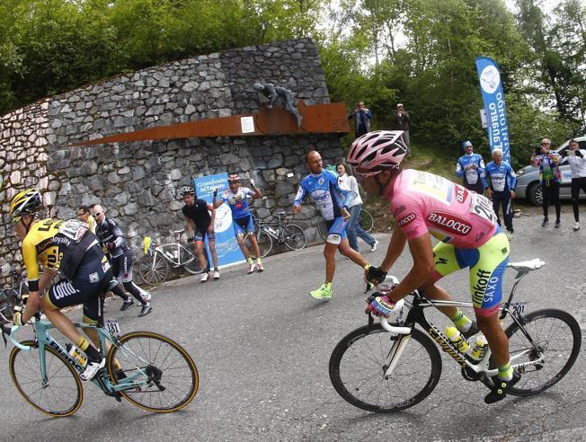 19a tappa Giro d'Italia 2015: partenza Gravellona Toce arrivo Cervinia, in Diretta TV Streaming Rai oggi 29 maggio