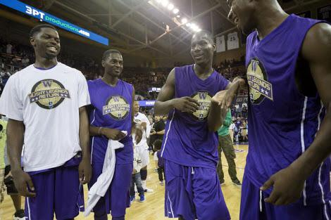 @T_DotFlight31  @MBALIVE11 and @JustHolla7  back a couple summers ago . Miss my Brodie's foreal http://t.co/o5UeyKUYef