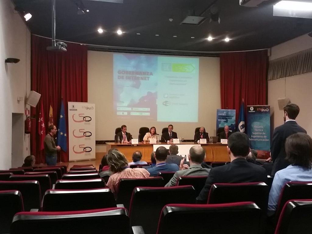 Sesión sobre ciberseguridad en el #igfspain #igfCiber http://t.co/Y0a5ueUIzd