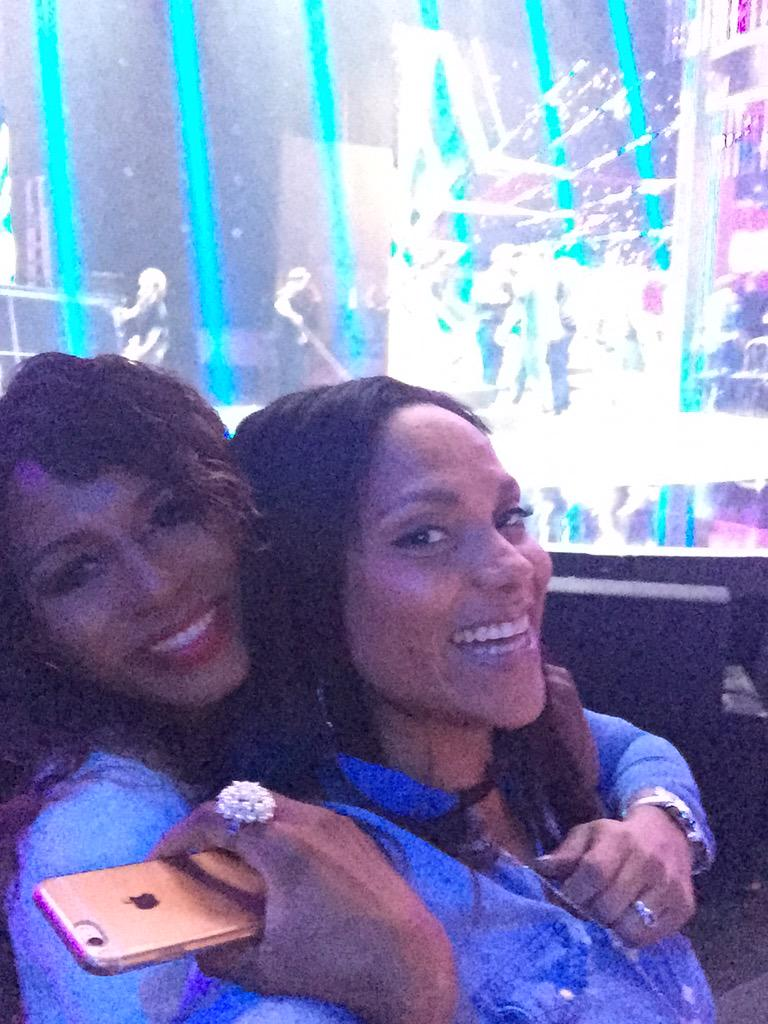 RT @magaligorre: @sinittaofficial #bgtlive hi @deangorre miss out http://t.co/tqsfxRMoXD