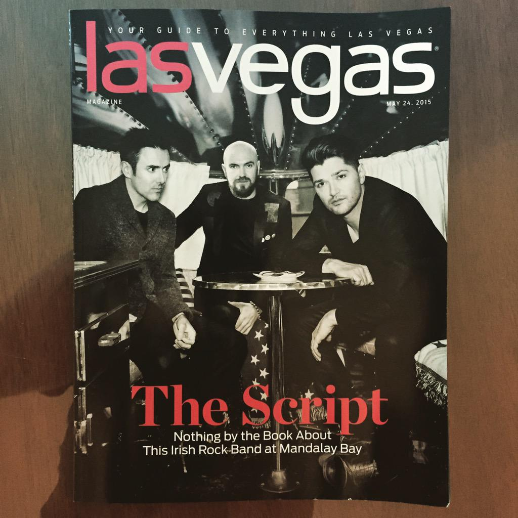 RT @thescript: It's not everyday you walk into your hotel room and find this 🎯 G http://t.co/Mr6j8ST1lJ