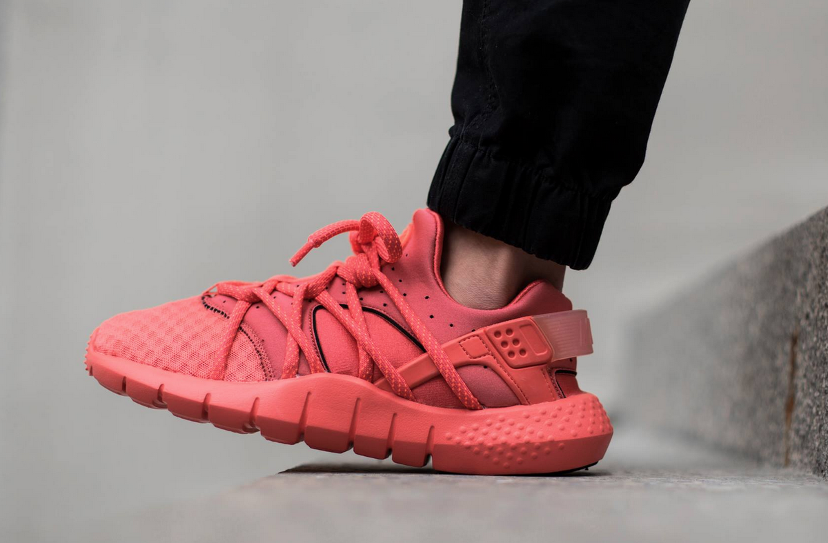 on sale 33047 05e30 sweden nike air huarache nm red black white men 6a8e2 85e57 cheap sole  links on twitter nike air huarache nm dropping via wellgosh in 15 minutes  lavat