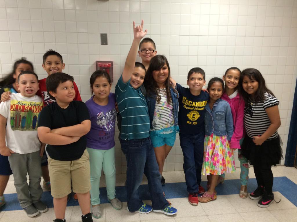 escandon elementary on twitter some of our kiddos enjoying their