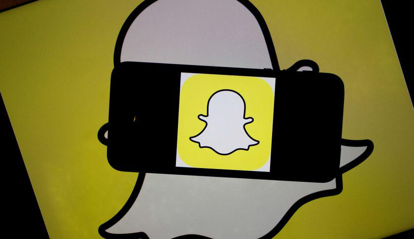 That's a lot of keesh… Snapchat's new funding round is bigger than you think http://t.co/JJLZWv0HFI http://t.co/5GIf8jMIih