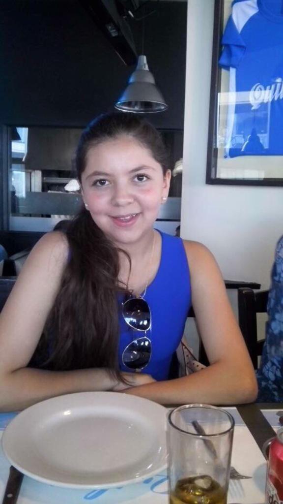 Jimena Pedraza Alvarez, edad 15 años, desapareció en Jardines de San Mateo, Naucalpan el jueves pasado, dar retuit