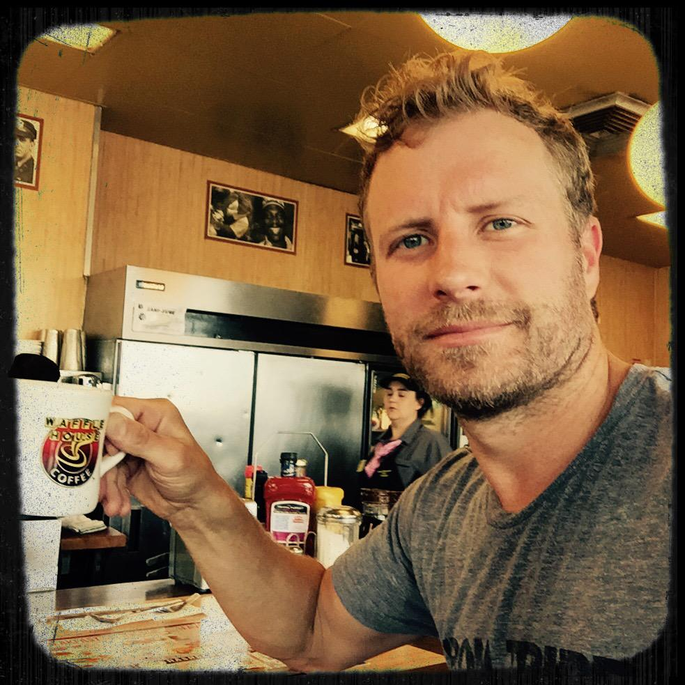 "Dierks Bentley On Twitter: ""post Workout/pre"