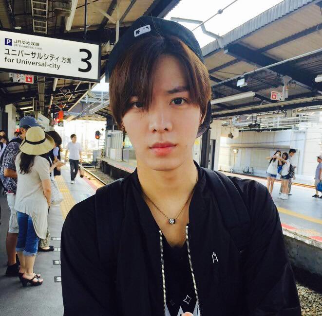 "SMROOKIES On Twitter: ""こんにちは #SMROOKIES の #悠太 です! 僕の故郷大阪に"