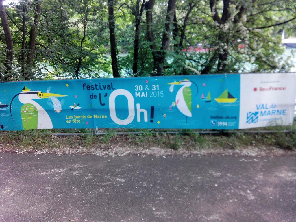 On est même dans la programmation du Festival de l'Oh :) C'est ce weekend. #merropoleaufildeleau http://t.co/fR3fqkG3ez