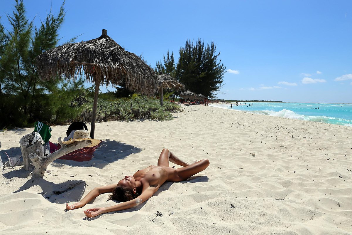 cayo largo nude beach