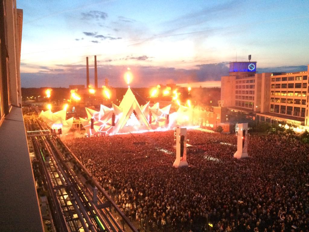 Eindhoven is on fire! @FlyingDutchNL @StrijpS http://t.co/HIIAT27B0g