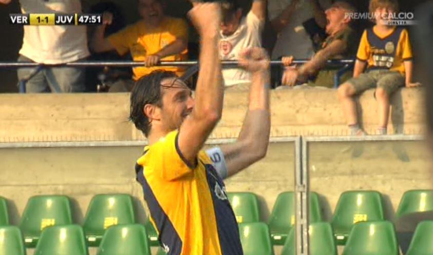 Verona-Juve 1-2 VIDEO: Toni pareggia e allunga nella classifica marcatori, gli risponde Llorente