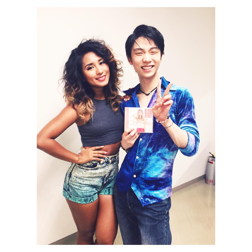 #backstage with this #talented guy! He skates like he breaths .. #yuzuruhanyu 羽生結弦 はにゅうゆづる!! #fantasyonice http://t.co/ScbWGnQsVC