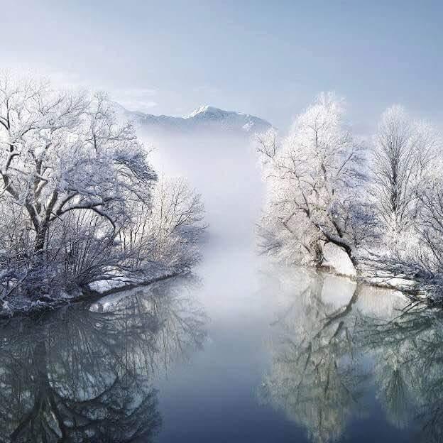 l'hiver ! - Page 2 CGSHw4EU8AAG9Jq