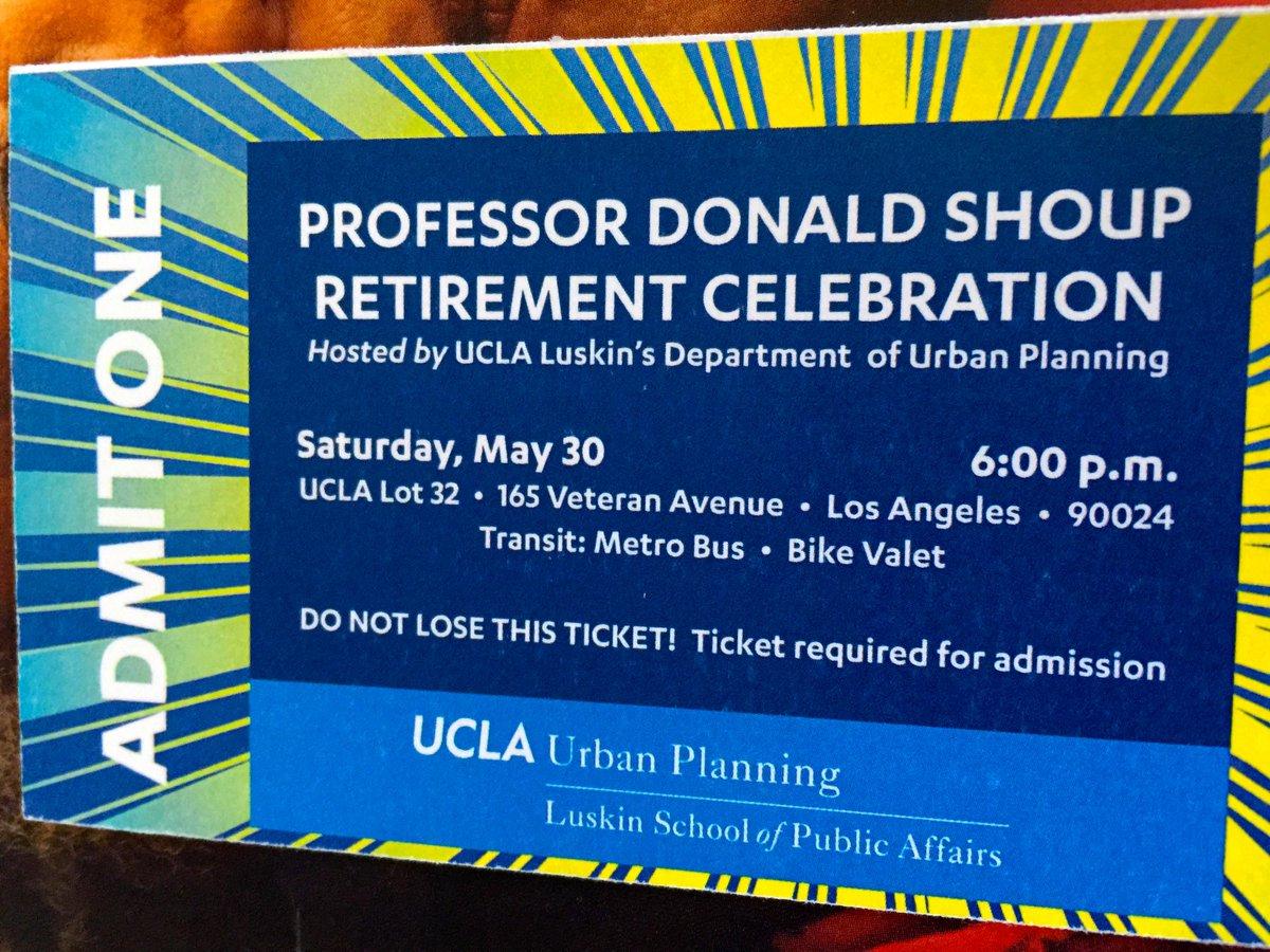 #IamwithShoup #Shoupista Prof @DonaldShoup's retirement party @UCLALuskin @parkingtoday @walkerparking @parkingmaster http://t.co/FWZfbnDA6c