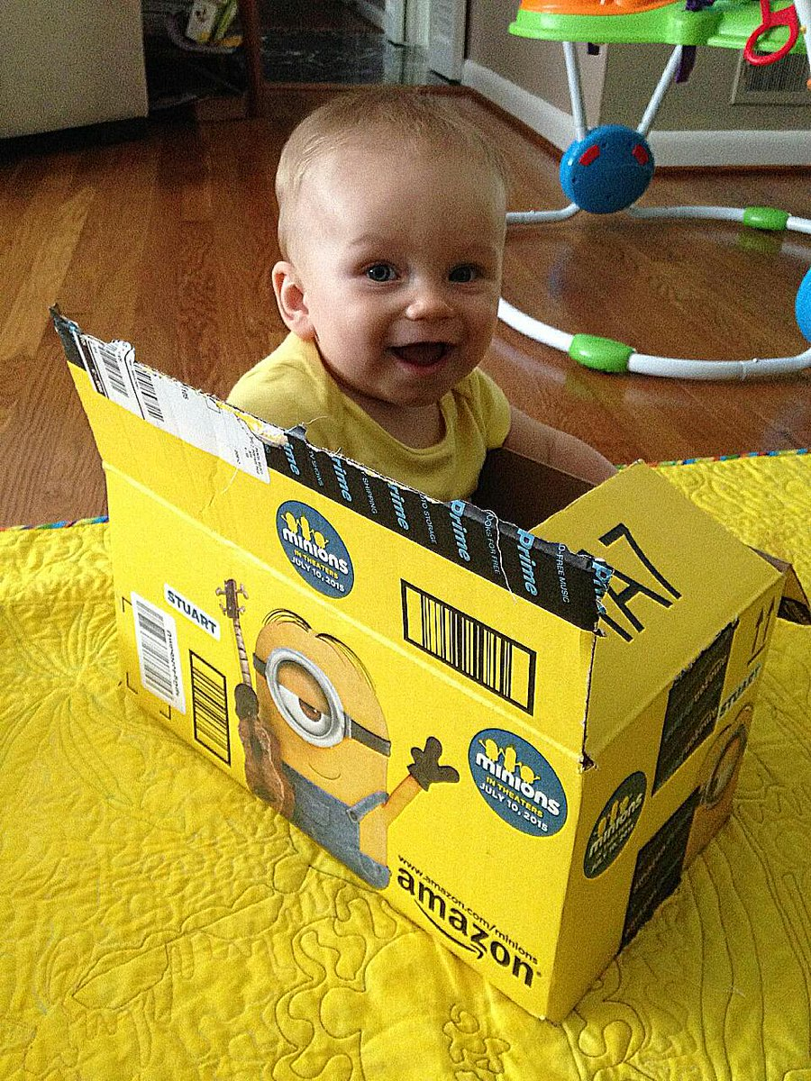 What kid doesn't love boxes?   Especially @Amazon #MinionsBoxes !!  :) http://t.co/y5HiRnyuEy
