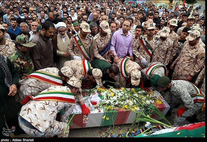 افرح يا مسلم جثث احفاد ابو لؤلؤة المجوسي تعود الى ايران CGVDRcKUYAAoJKu