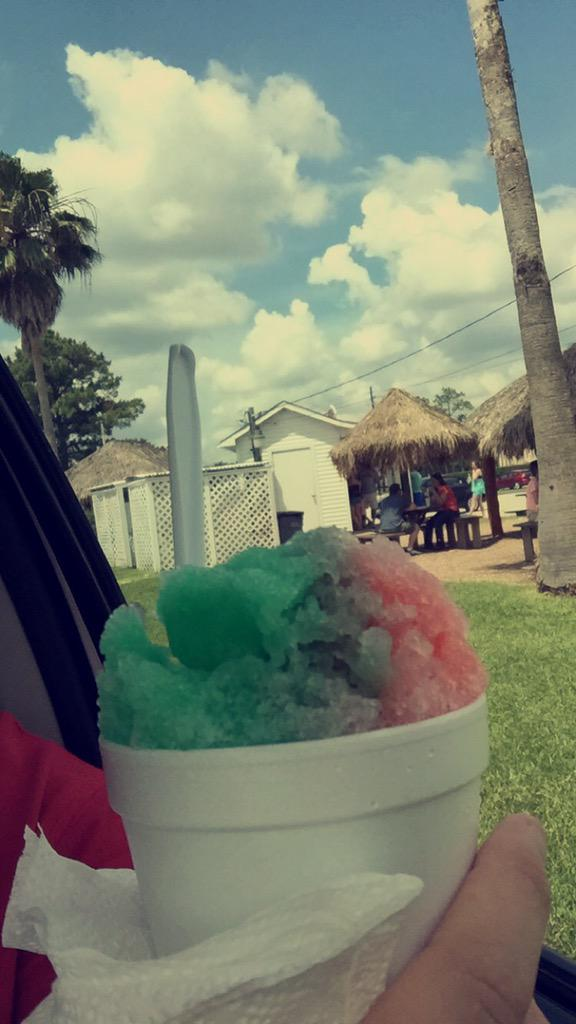 You can't beat sno beach if you disagree you're wrong. http://t.co/h2CrE23Jwx