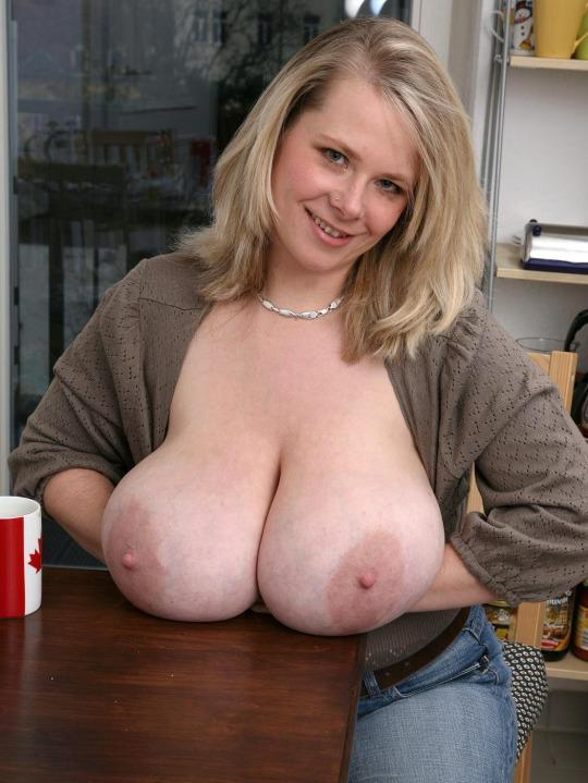 Ugly women with big titties — pic 3